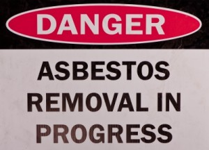 asbestos 300x216 Mesothelioma Treatments   Combining Conventional and Alternative Therapies